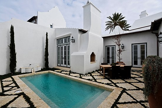 White Stucco Homes stucco colors and combinations you'll really like