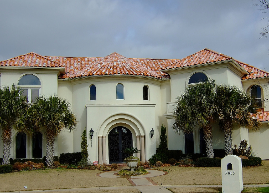How to get that spanish stucco look for Spanish style roof tiles