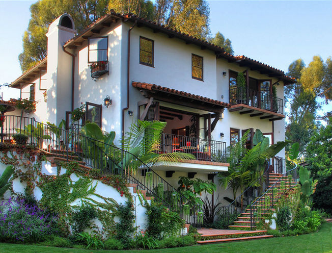 This Is A Very Beautiful Spanish Style Home