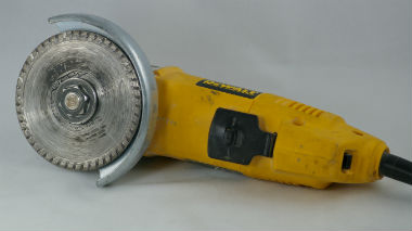 Angle Grinder Witth Diamond Blade