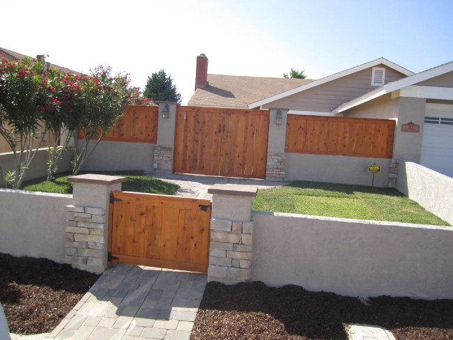 Dual Entry Stucco Fence