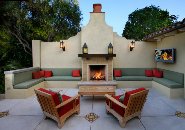 A Beautiful Luxury Outdoor Fireplace In Smoother Stucco