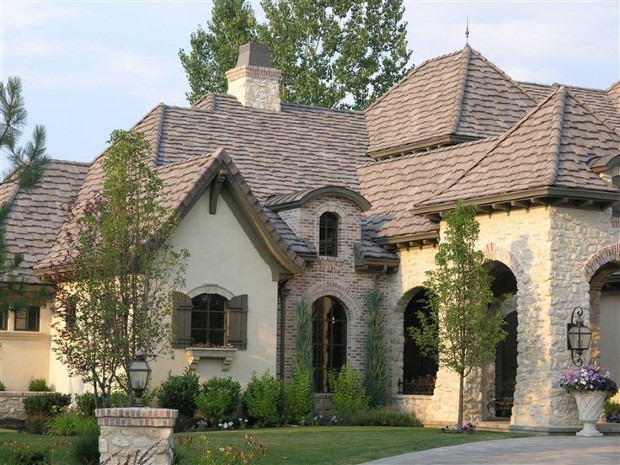 Rustic Home With Tuscan Style Stones
